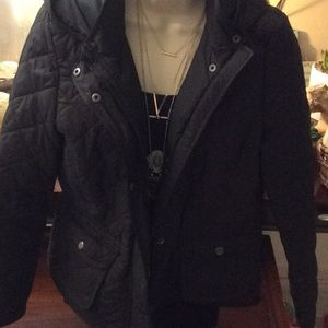 Gap quilted puffy jacket black with hood size M